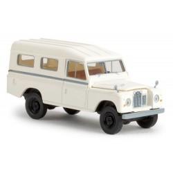 Land Rover Type 109 fermée blanche