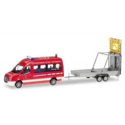 """VW Crafter Bus """"Feuerwehr Nittenau"""" + rqe Pte panneau de signalisation"""