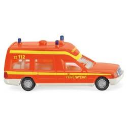"""MB Classe ambulance Binz """"Feuerwehr"""" (rouge fluo)"""