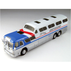 GMC PD-4501 Scaincruiser Bus -Greyhound 19732-78 (USA)
