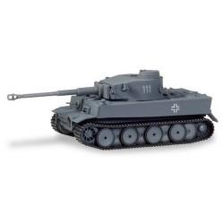 Char Tigre version H1, Campagne Russie (Nr. 111) - peint et décoré