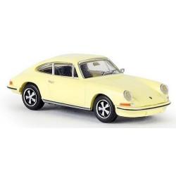 Porsche 911 coupé jaune soufre