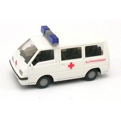 "Mitusbishi L 300 II ambulance ""Blutespendienst""' (Sce Urgence Sang)"