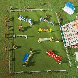 Concours hippique : terrain, tribunes et obstacles (kit à monter)