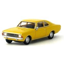 Opel Rekord C coupé jaune