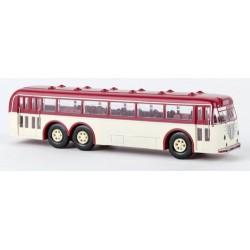 Büssing 12000 T autobus rouge et crème