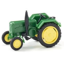Tracteur agricole  John Deere 2016 vert (1958)