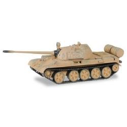 char russe T-55 M avec traces de combat