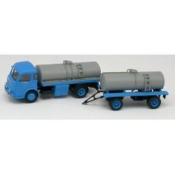 Panhard Movic 582 camion + remorque citerne à vin bleu & gris