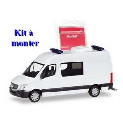 MB Sprinter 13 fourgon mi-vitré blanc - kit à monter