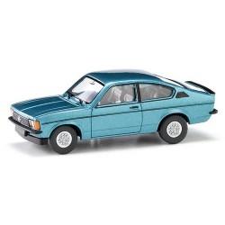 "Opel Kadett C ""Rallye"" coupé 1977 bleu ciel métallisé"
