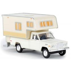 Jeep Gladiator (1962) crème Camper