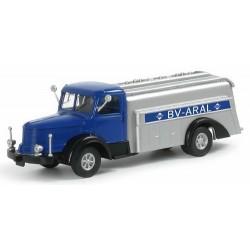 """Krupp Titan camion citerne """"BV - Aral"""""""