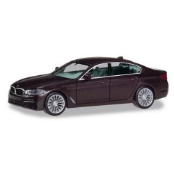 BMW 5er berline (Type G 30 -  2017) brun foncé métallisé