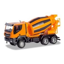 Iveco Trakker camion 6x6 Toupie à béton