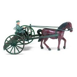Rateau agricole à traction hippomobile (avec cheval et conducteur)