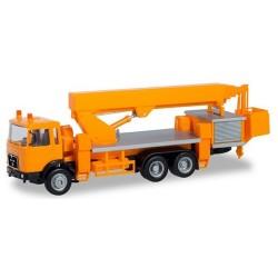 MAN F8 camion Porte Nacelle orange