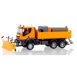 Iveco Trakker camion 6x6 chasse-neige et sableuse
