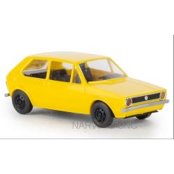 VW Golf I 3 portes de 1974 jaune - série éco