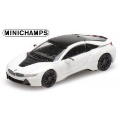 BMW I8 coupé 2015 blanc métallisé