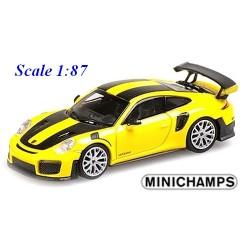 Porsche 911 GT2 RS (2018) jaune à bandes noir carbone