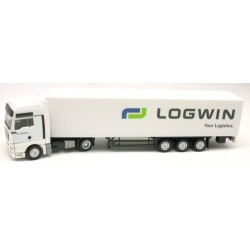 MAN TGX XXL + semi-rqe fourgon Logwin Your Logistics