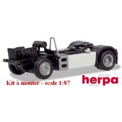 Set de 2 châssis MAN TGX/TGS 4x2 avec carénage  - kit à monter
