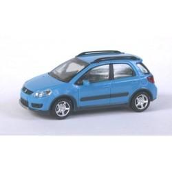 Suzuki SX4 bleu clair