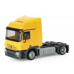 MB Actros L02 Tracteur solo Lowliner  jaune dahlia