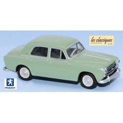 Peugeot 403 berline 8cv vert lumière (1959)