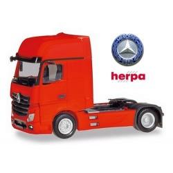 MB Actros Gigaspace '18 Tracteur solo caréné rouge