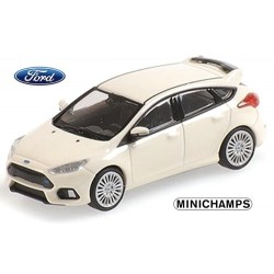 Ford Focus RS 2018 blanche 4 portes