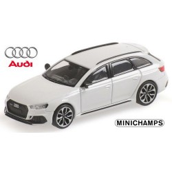 Audi A4 Avant RS4 (2018) blanc