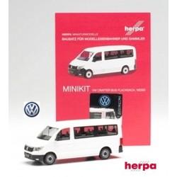 VW Crafter minibus blanc à toit plat - kit à monter