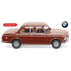 BMW 2002 berline 2 portes rouge pourpre (1968)