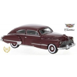 Cadillac Series 62 Club Coupe (1946) rouge vin