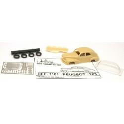 Peugeot 203 berline (kit à monter en résine, métal blanc et arcap photo-découpé)