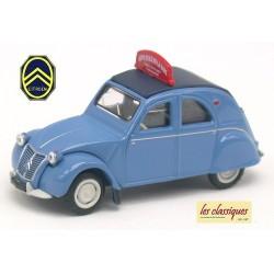 """Citroen 2cv AZLP 1958 bleu glacier bâchée """"Auto Ecole de la Gare"""""""