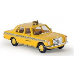 MB 200 D/8 berline Taxi New York (USA)