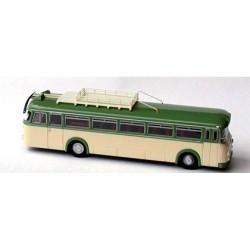 Krauss Maffei KMO 160 autocar vert et crème