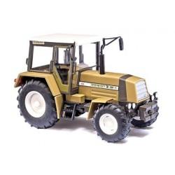 Tracteur agricole Fortschritt ZT-323 vert clair