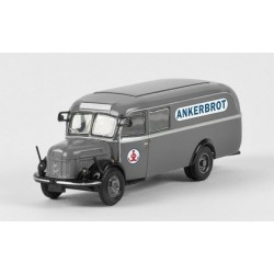 "Steyr 380/II camion fourgon integral ""Ankerbrot"""