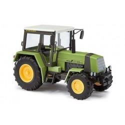 Tracteur agricole Fortschritte ZT 323-A (1984) sans plaque d'hiv
