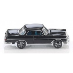 MB 250 SE coupé noir de 1965