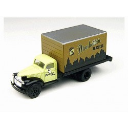 "Chevy '41/46 camion Pte caisse ""Manhattan Beer"""
