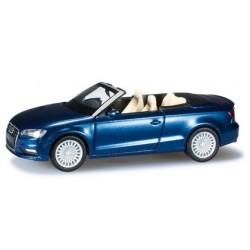 Audi A3 cabriolet (A7 2013) bleu métallisé