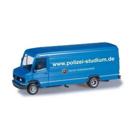 "MB T2 fourgon long ""Polizei Niedersachsen"" (Police Basse-Saxe)"