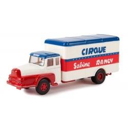 Unic Izoard ZU 122 camion fourgon Cirque Sabine Rancy