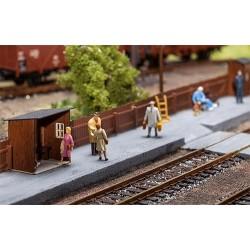 Set d'équipements de quai de gare rurale