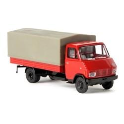 Steyr 590 camion bâché rouge